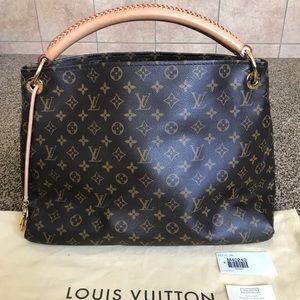 💯Authentic Louis Vuitton Artsy MM